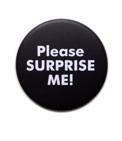 Badge Olivia Hainaut pour Please Surprise Me