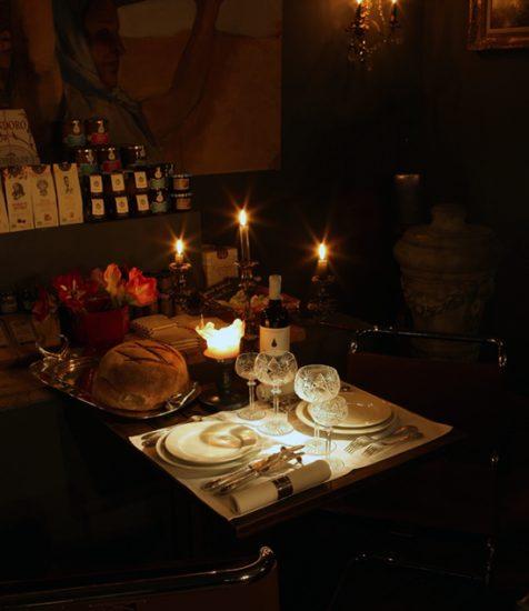 """Le """"plus petit restaurant"""" de Belgique, une soirée romantique insolite et originale, en couple ou entre amis-e-s"""