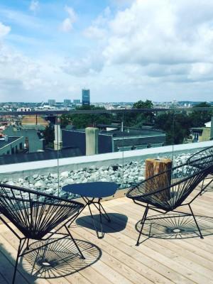 Jam, un nouvel hotel insolite à Bruxelles, terrasse & piscine