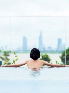 un spa à Bruxelles, un massage et spa chez Deep Nature, avec vue sur le Canal