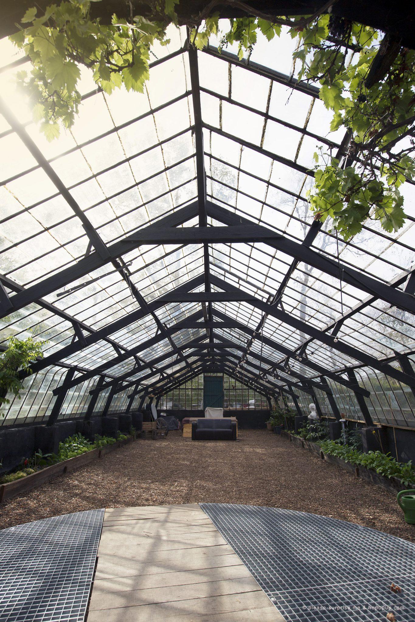 Beautiful serre de jardin en verre belgique pictures for Cabanes de jardin belgique